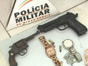 Operação da Pm prende 9 suspeitos em Divinópolis (Foto: Reprodução/TV Integração)