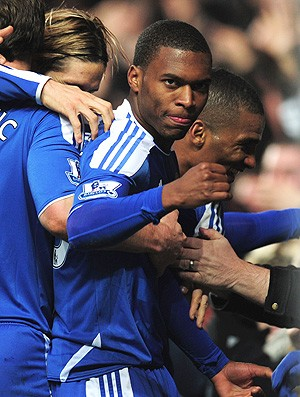Daniel Sturridge comemora gol do Chelsea contra o Manchester United (Foto: Getty Images)