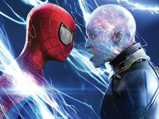 Personagens de Andrew Garfield e Jamie Foxx medem forças em O espetacular Homem-Aranha 2: A ameaça de Electro (Foto: Divulgação)