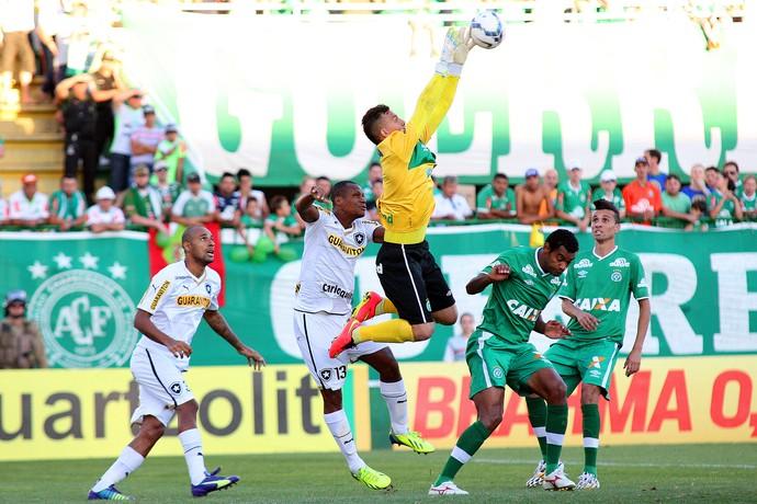 Danilo, Andre Bahia, Chapecoense x botafogo (Foto: Alan Pedro / Getty Images)