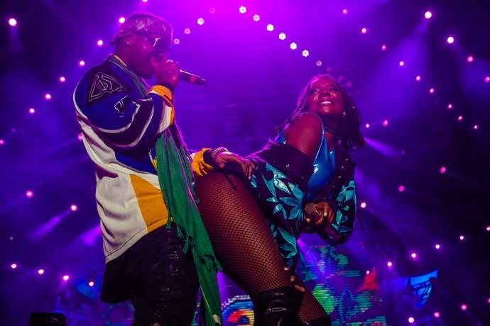 """Dupla fez dança quente ao som de """"Tipo Crazy"""" (Foto: Emmanuel Denaui/Agência Preview )"""