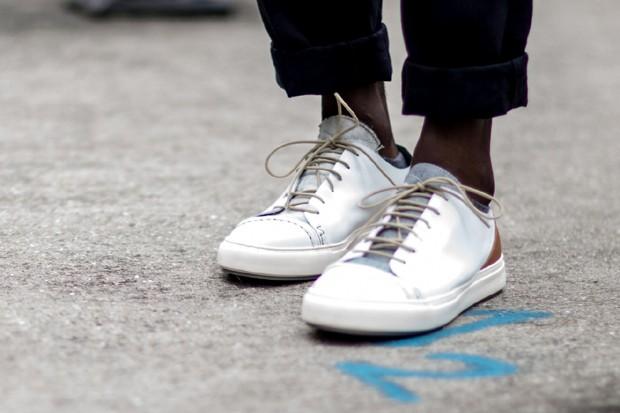 691ca1c3812 Tênis brancos  aprenda a limpar e a manter seu sneakers em dia - GQ ...