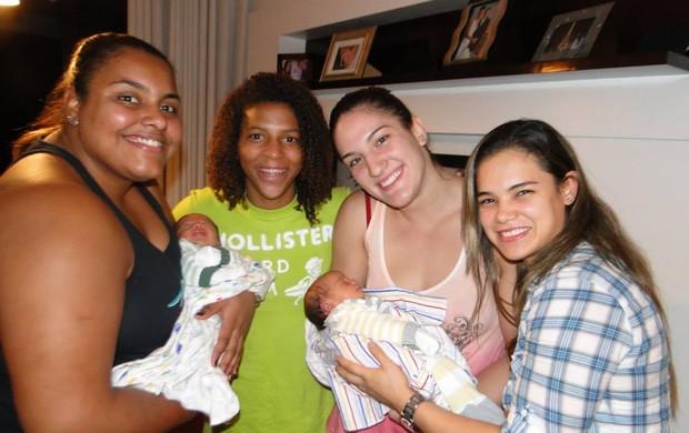 Suelen, Rafaela, Rosicleia, Katherine, Mayra Aguiar judô seleção brasileira (Foto: Reprodução Facebook)