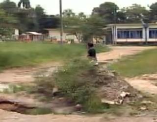 Veja o que mudou em Antonina depois das chuvas de 2011 (Foto: Reprodução)