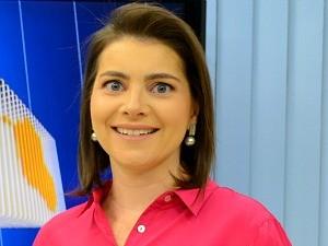 Carolina Brazilé apresentadora do Jornal de Rondônia (Foto: Angelina Ayres Medeiros/Rede Amazônica)