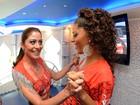 Carol Castro anuncia noivado na Sapucaí durante desfile do Salgueiro