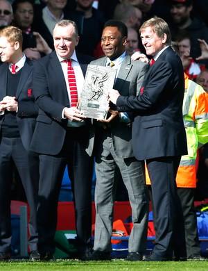 Pelé, Liverpool X Manchester United (Foto: Agência Reutes)