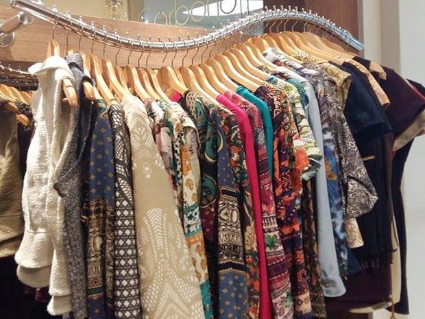 004328ba71 G1 - Consultora de moda indica looks para DivinaExpo em dias frios ...