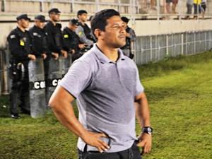 Serginho Gois, treinador do Alto Acre (Foto: Adelcimar Carvalho)