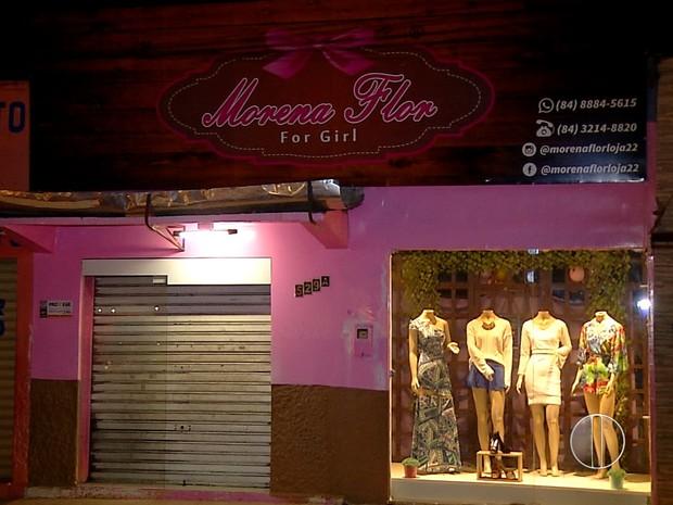 Loja de roupas fica na avenida Tomáz Landim, na Zona Norte da capital potiguar (Foto: Reprodução/Inter TV Cabugi)
