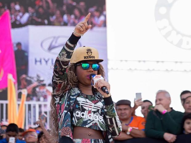 A cantora Ludmilla se apresenta na celebração do Dia Internacional do Trabalho promovido pela Força Sindical na Praça Campo de Bagatelle, na Zona Norte de São Paulo (Foto: Paulo Lopes/Futura Press/Estadão Conteúdo)