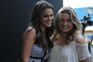 Sasha e Bruna Marquezine no evento da Fundação Xuxa Meneghel (Foto: Anderson Borde  / Agnews)