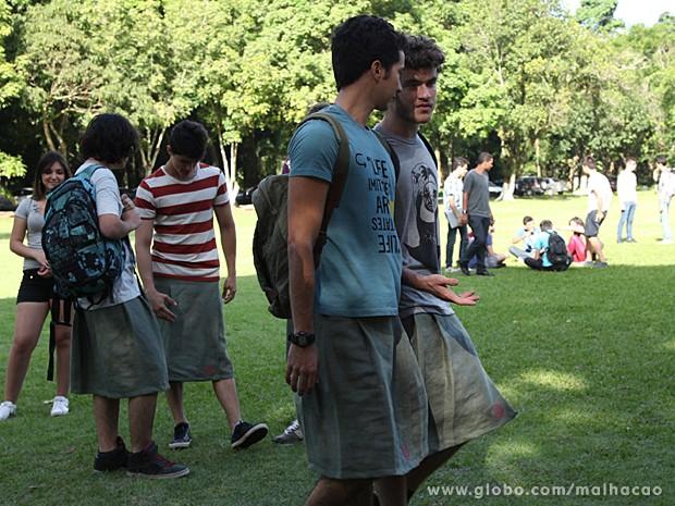 Ben e Sidney se empolgam com a participação da galera (Foto: Jacson Vogel / TV Globo)