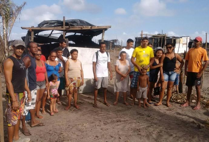 Famílias justificam que terá era improdutiva e servia para acomodação de marginais (Foto: Danilo Quixaba / Rádio Mirante AM)