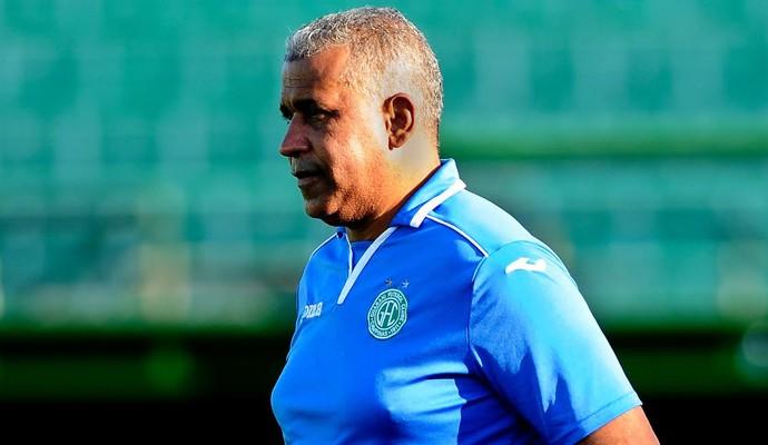 Ademir Fonseca técnico Guarani (Foto: Rodrigo Villalba / Memory Press)