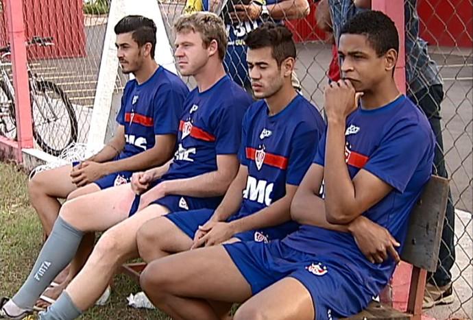 Uberaba Sport treino desfalques (Foto: Reprodução/TV Integração)