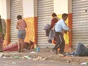 Cerca de 3,5 mil moradores de rua vivem atualmente nas ruas de Uberlândia (Foto: Reprodução/ Tv Integração)