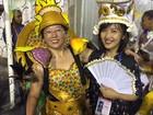 Passista chinesa, argentino ritmista... Conheça os gringos da Sapucaí