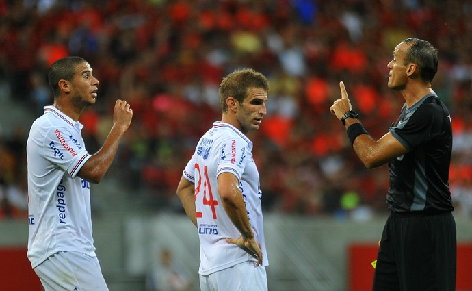 sport nacional-uru (Foto: Aldo Carneiro / Pernambuco Press)