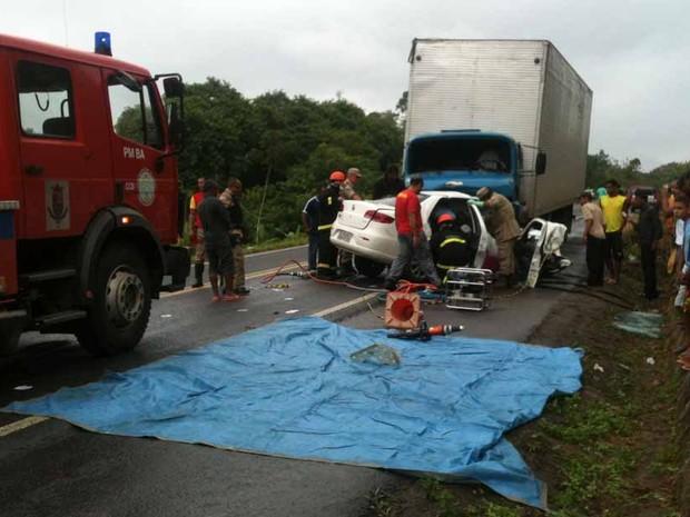 Acidente na Bahia (Foto: Site Ubatã Notícias)