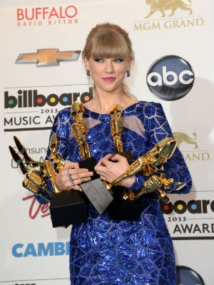 Taylor Swift leva oito prêmios no Billboard Award 2013 (Foto: Jason Marritt/ Getty Images North America/ AFP)