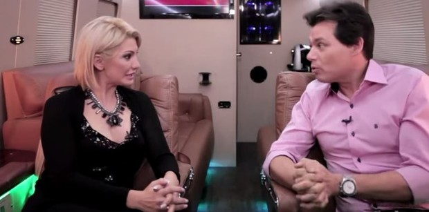 Antonia Fontenelle e Celso Portiolli (Foto: Reprodução / Youtube)