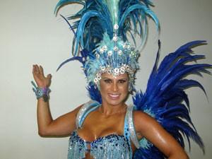 Ellen Pinheiro, rainha de bateria da Unidos da Vila Maria (Foto: Marcelo Mora/G1)