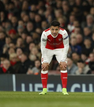 Alexis Sanchez Arsenal x Bayern de Munique (Foto: Reuters)