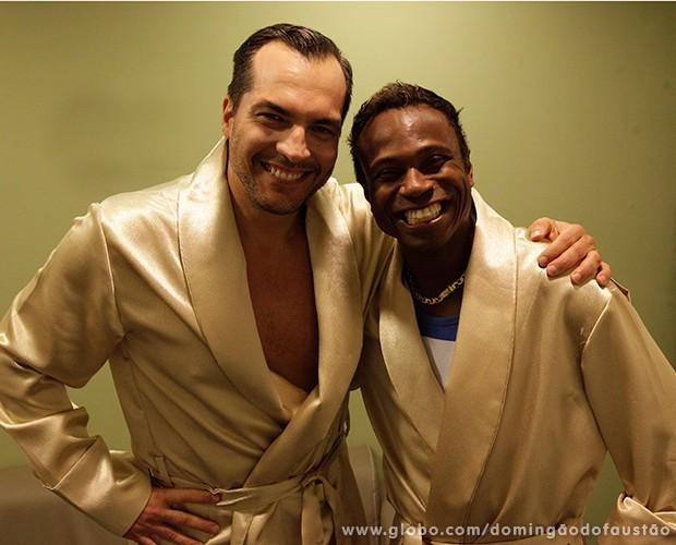 Os dois baianos se dão muito bem e são só brincadeira (Foto: Domingão do Faustão / TV Globo)