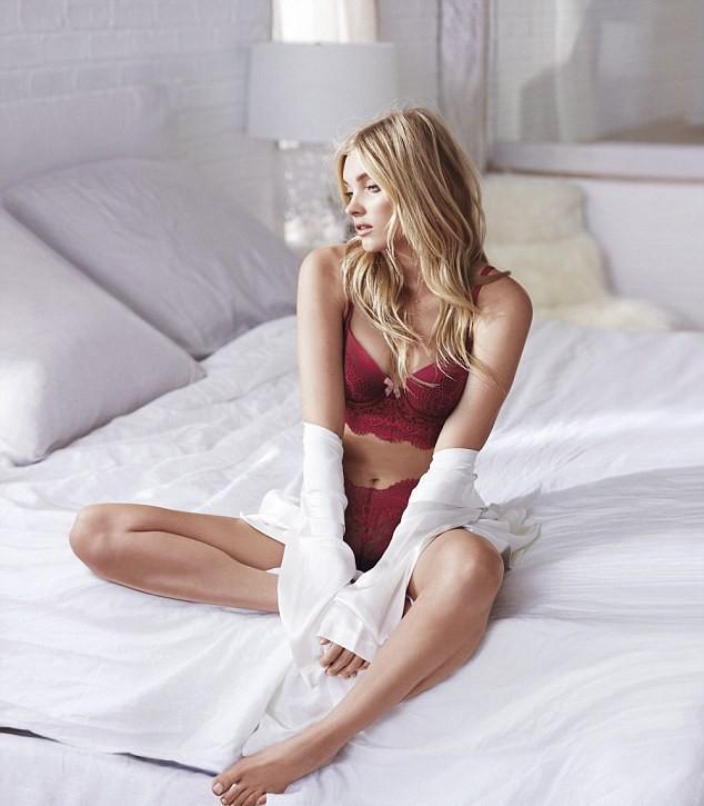 Elsa Hosk (Foto: Victoria's Secret/Divulgação)