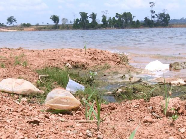 Grupo de cerca de 150 pescadores vão promover gincana de limpeza (Foto: Rede Amazônica/Reprodução)