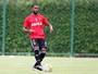 Sport e Fla ficam perto de acertar repasse de Luiz Antônio para o Bahia