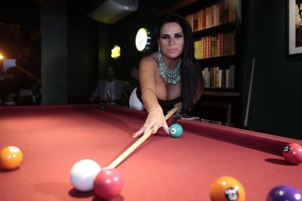 Solange Gomes em evento na Zona Oeste do Rio (Foto: Isac Luz/ EGO)