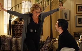 Bárbara Ellen tenta convencer Natan a virar cineasta (Foto: TV Globo)