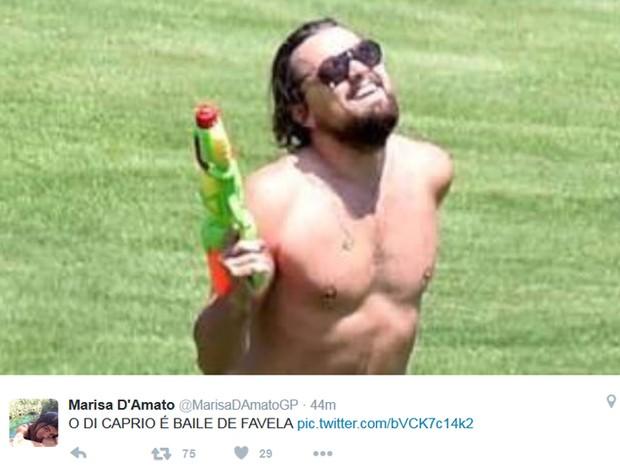 Internauta brinca com 'Baile de favela' após vitória de Leonardo DiCapario no Oscar (Foto: Reprodução / Twitter)