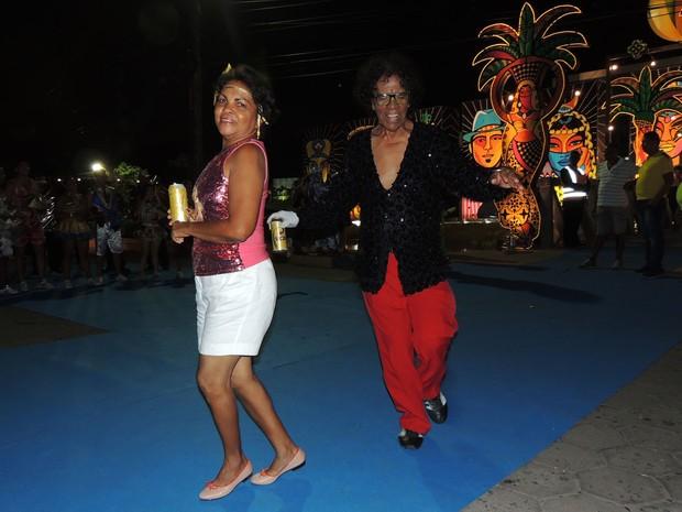 Aécio Aquino e Rose Ferreira amam carnaval, frevo e samba (Foto: Katherine Coutinho / G1)