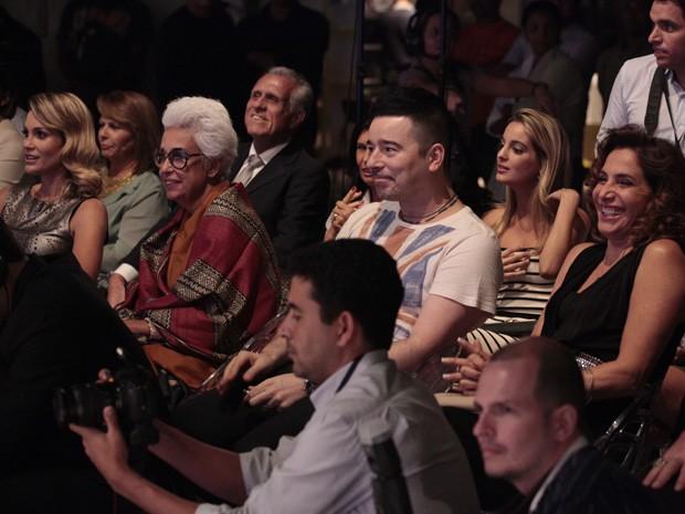 Carlos Tufvesson e Lalá Guimarães estavam entre os convidados (Foto: Salve Jorge/TV Globo)
