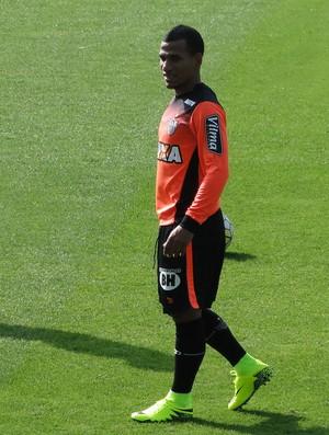Rómulo Otero, meia do Atlético-MG (Foto: Fernando Martins Y Miguel)