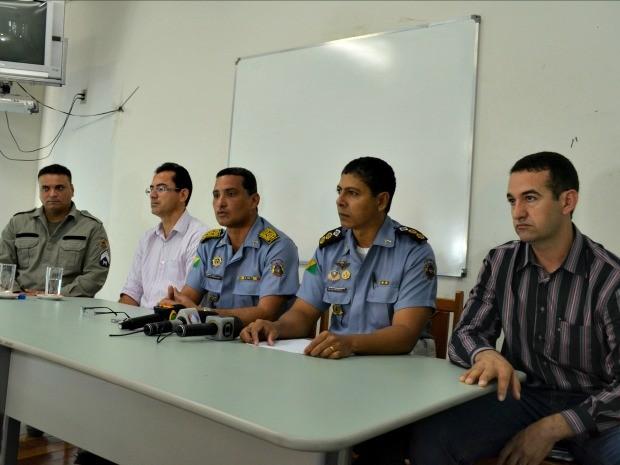 Polícia Militar do Acre faz coletiva de imprensa em Rio Branco (Foto: Caio Fulgêncio/G1)