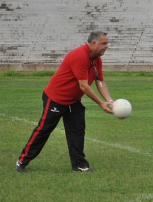 Josué Teixeira foca em recuperação física para encarar Parnahyba (Foto: Renan Morais/GLOBOESPORTE.COM)