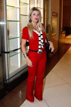 Ex-BBB Iris Stefanelli em shopping em São Paulo (Foto: Marcos Ribas/ Foto Rio News)