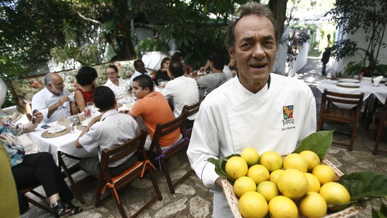 frutas_exoticas_chef_beto_pimentel_restaurante (Foto: Raul Spinasse/Ed. Globo)