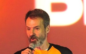 Ricardo Waddington desvenda sucesso de Avenida Brasil