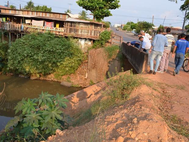 As obras serão feitas em seis localidades em diversos bairros às margens do Rio Pirara. (Foto: Rogério Aderbal)