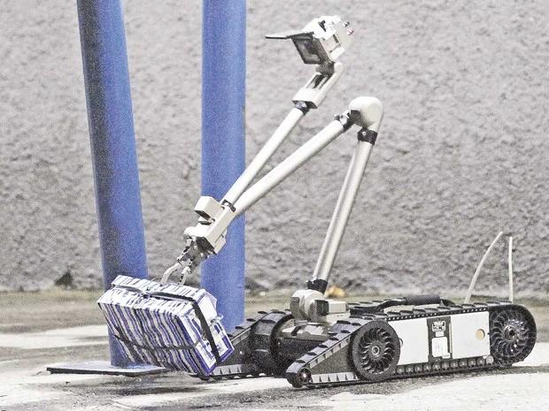iRobit, um robo norte-americado antibomba, reforça a equipe da Core para os jogos Olímpicos e Paralímpicos no Rio (Foto: Marcelo Horn)