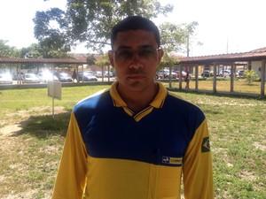 Carteiro Ivanildo de Matos (Foto: Dyepeson Martins/G1)