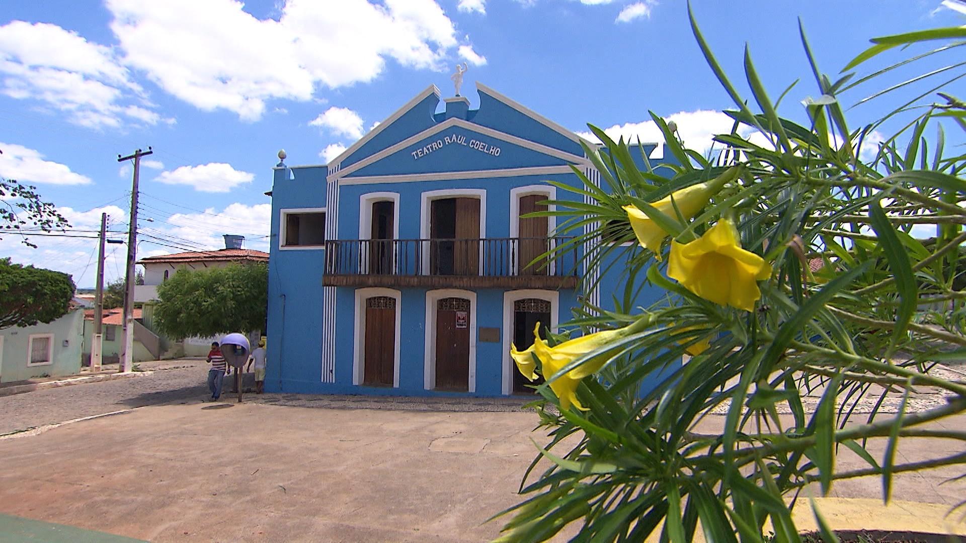 Conheça o Teatro Raul Coelho, segundo mais antigo do estado, localizado em Curaçá, norte da Bahia (Foto: Divulgação)