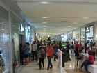 Na véspera do Natal, shoppings esperam 176 mil clientes no Vale
