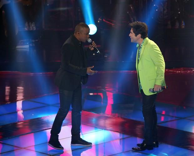 Alexandre Pires e Daniel (Foto: The Voice Brasil/TV Globo)