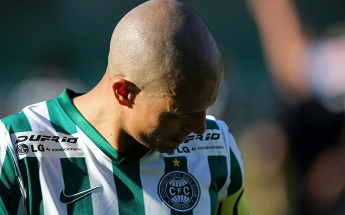 Alex coritiba e Corinthians brasileirão (Foto: Agência Getty Images)